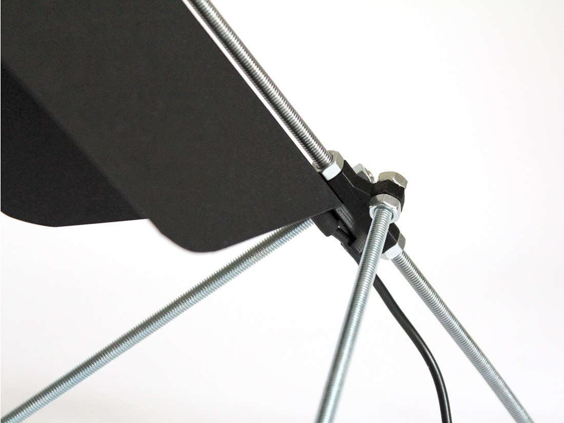 Lampe de bureau DIY en impression 3D et tige filetée