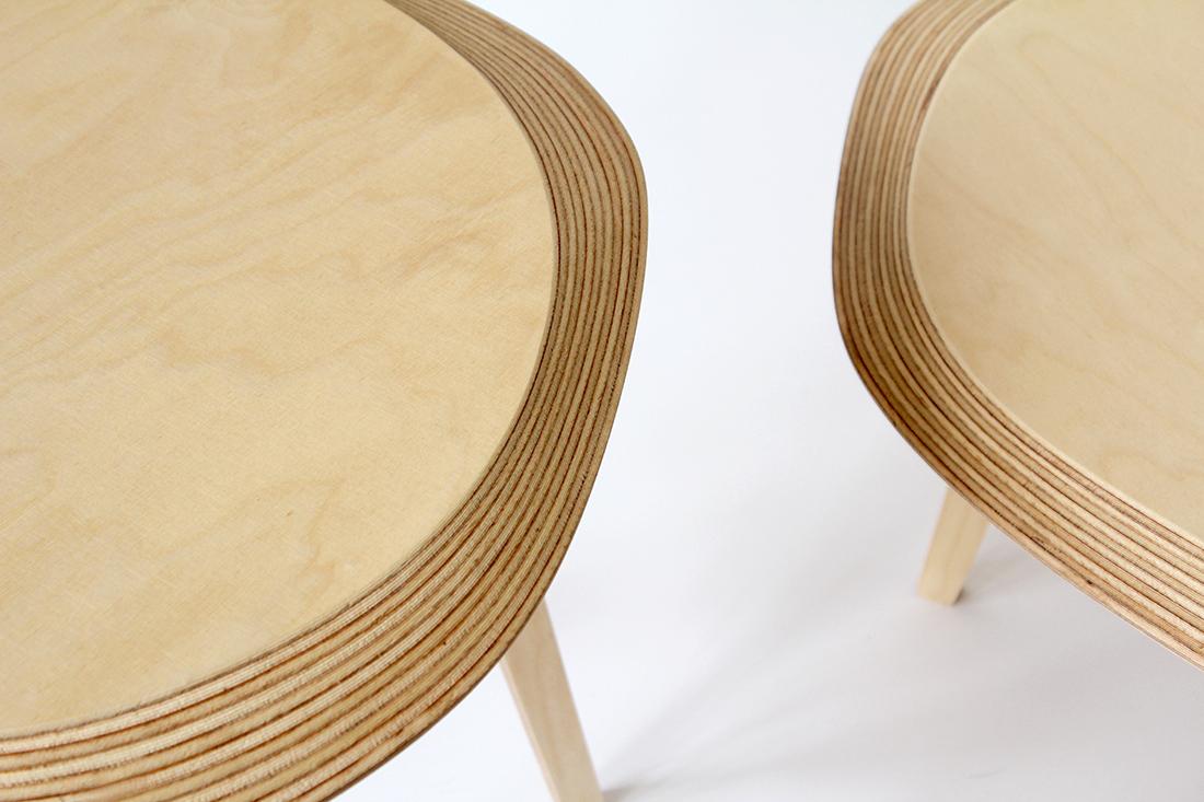 Usinage de précision sur contreplaqué - table basse Archipel par Jean-Baptiste Ricatte
