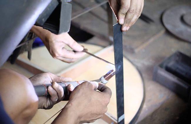 Metal workshop, soudure piétement